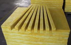 呼和浩特玻璃棉是以那些材料为基本原料?